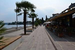 Lungolago Gardone Riviera